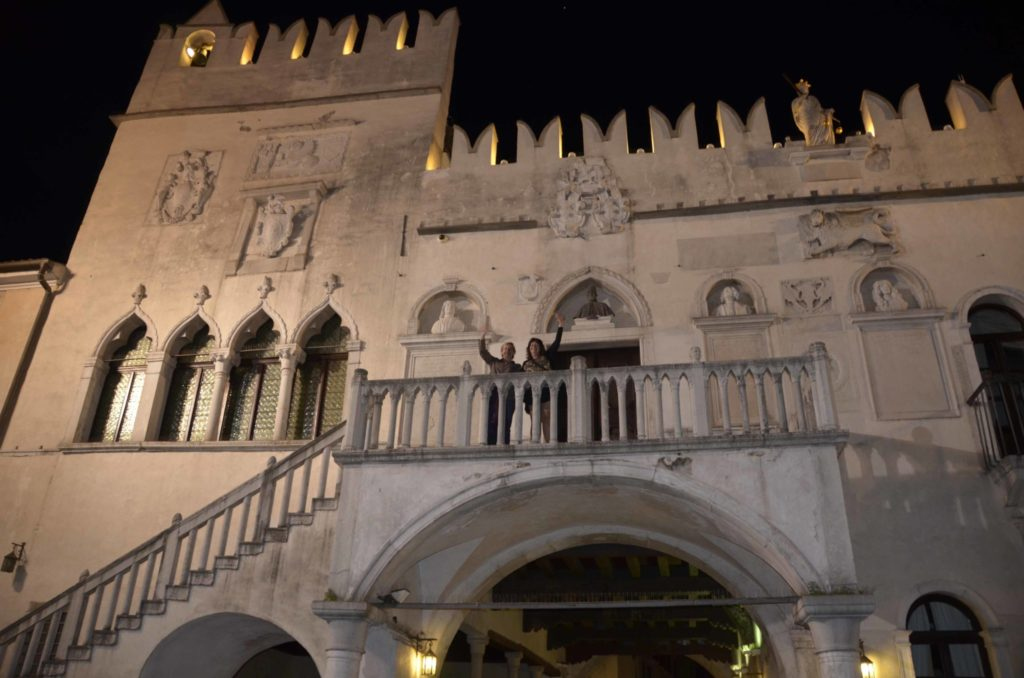 Pretorian Palace. Head of government during Venetian times, it also was meeting place for Marshall Tito and Fidel Castro. Tonight Noves and Marina wave to the audience below.